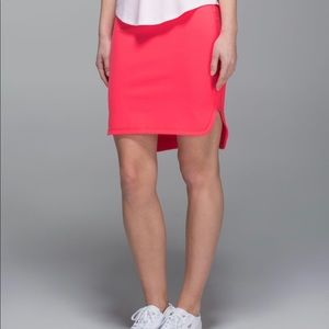 City skirt electric coral size 4